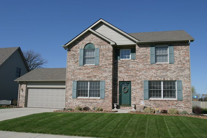 Monterey hallmark homes indiana 39 s leading on your lot for Indiana home builders on your lot