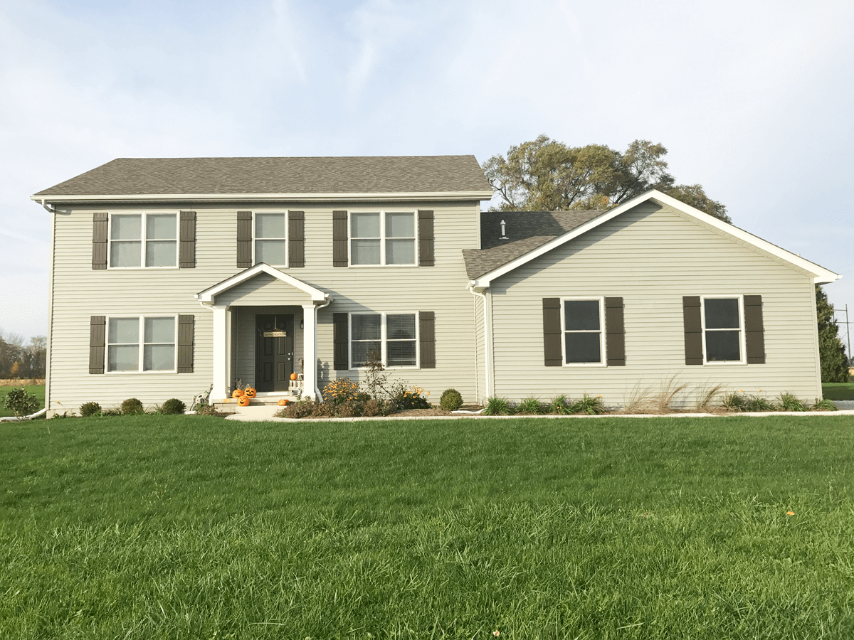 Monticello hallmark homes indiana 39 s leading on your for Indiana home builders on your lot